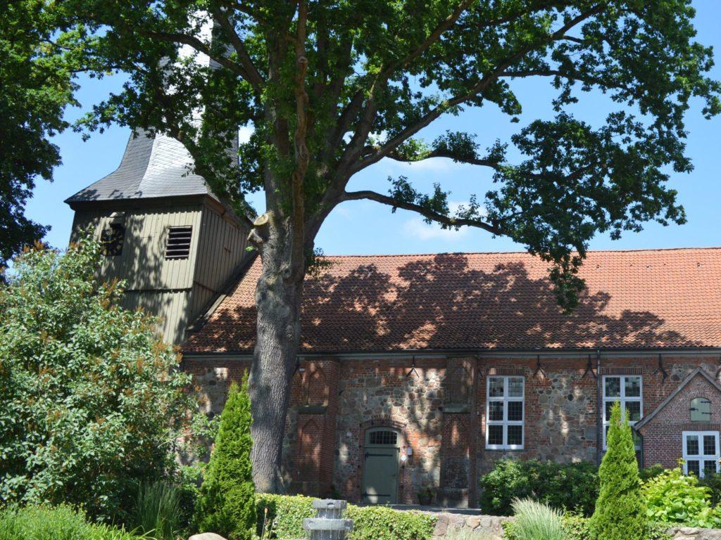 Kirche Hollenstedt